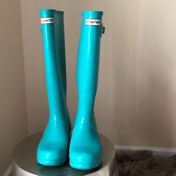 e7e3a8a5c2a Hunter tall turquoise gloss rain boots 8 women's